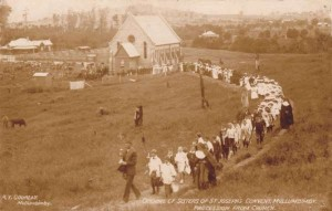 The procession to the opening of the first convent on the hill in 1911