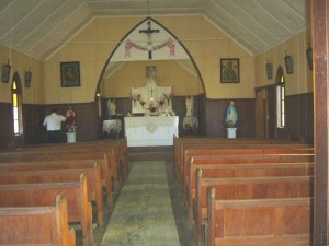 10_Inside Billi Church-600